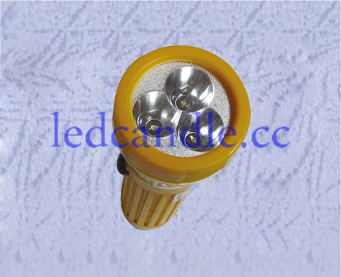 This product uses high-brightness LED light source. High brightness, low power consumption, 3-AAA battery can keep lighting for a long time. Shell produced using high-quality plastic material, good looks, sturdiness and durability.